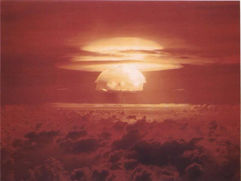 1 Mart, 1954, Amerika Birleşik Devletleri, Bikini Atoll'da hidrojen bombası patlaması yaptı
