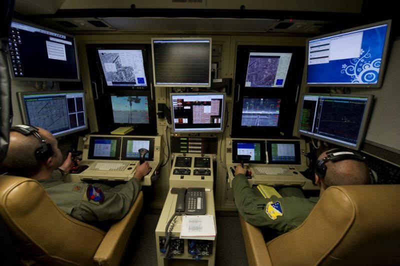 Беспилотные бомбардировщики. Полёт в завтрашний день