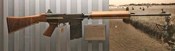 Fusil automático experimental Olin / Winchester SALVO Assault Riffle