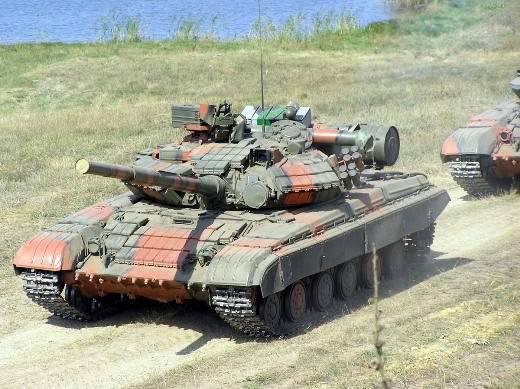 """Filmado en la novena compañía, el """"mantenimiento de la paz"""" T-9 se convertirá en el tanque principal del futuro ejército de Crimea"""
