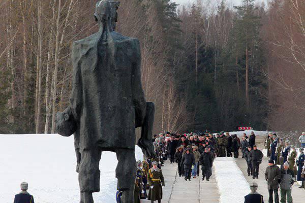 http://topwar.ru/uploads/posts/2014-03/1394465385_3.jpg