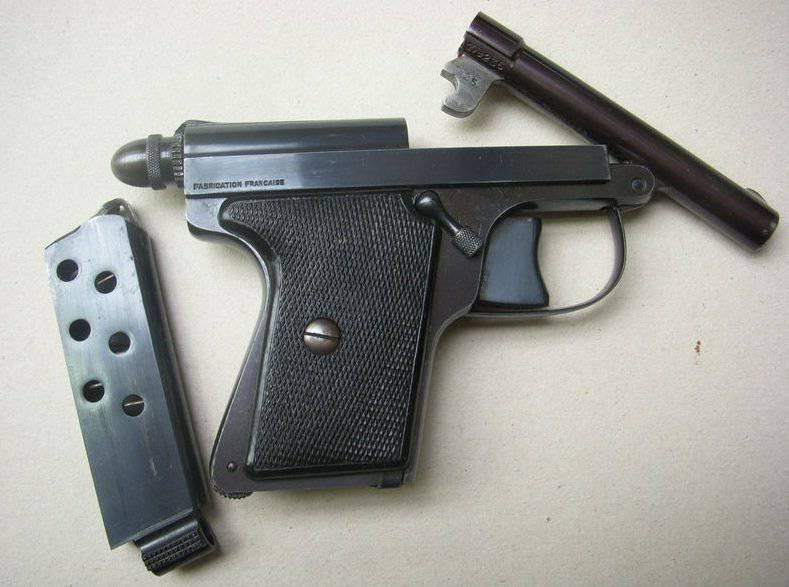 """Pistola Le Francais """"Policial"""" (Le Francais Tipo Policial), Le Francais """"Exército"""" (Le Fransais Tipo Armée), Le Francais 7.65 mm"""