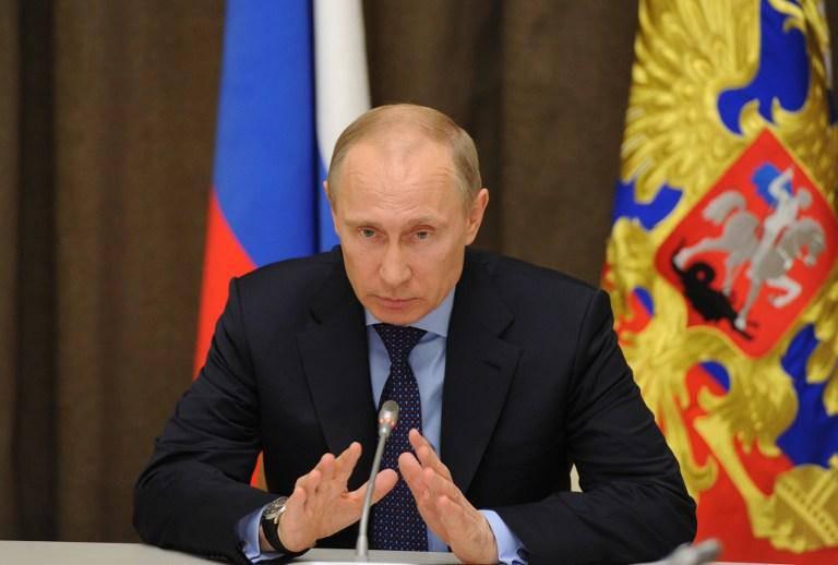 ロシア連邦大統領は、クリミアの独立を認める法令に署名しました