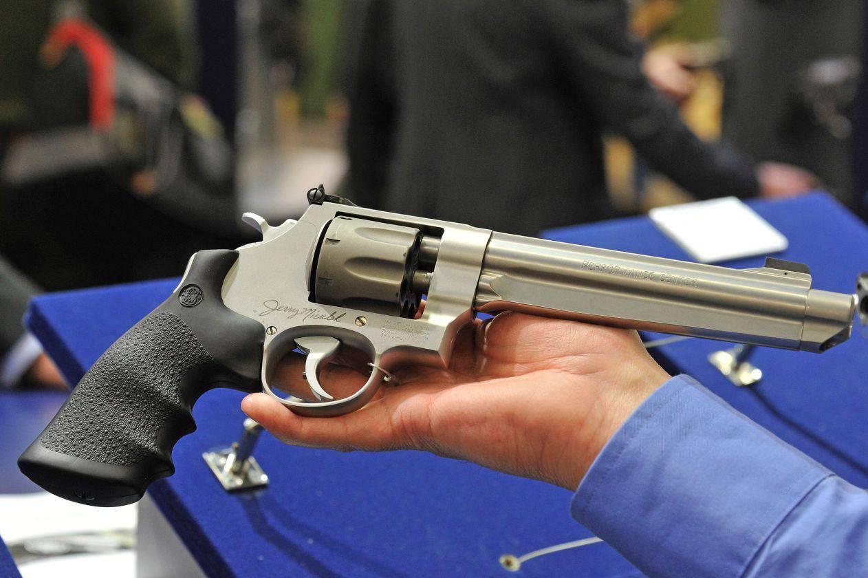 фото последних револьверов леонидов пожаловался, что