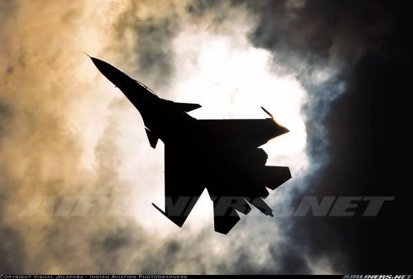 La metà della Su-30 Indian Air Force è incatenata a terra