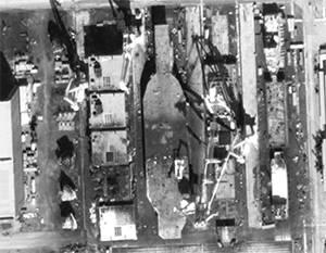 """USA: l'Iran sta costruendo un modello della portaerei """"Nimitz"""""""