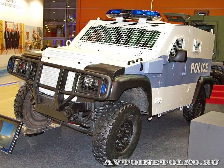 Renault 트럭 국방 회사가 General Dynamics의 함정에 빠졌습니다.