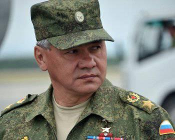 Shoiguはクリミア半島の黒海艦隊の施設と軍の駐屯地の機能を確認した