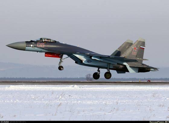 新的Su-35С战斗机的航班始于哈巴罗夫斯克地区