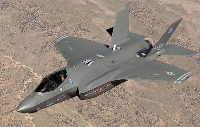 Problème des coûts des chasseurs F-35 gelés