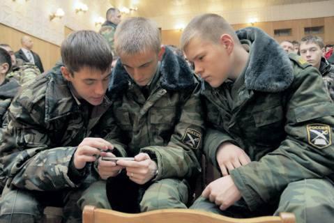Crimea obligada a recordar la prensa militar.