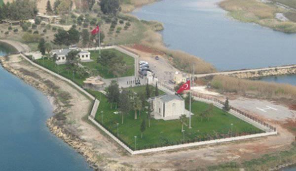 एर्दोगन ने सीरिया पर हमला करने का बहाना बनाने के लिए तुर्की के राष्ट्रीय मंदिर को उड़ाने के लिए तैयार किया