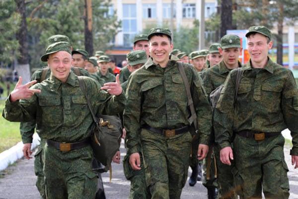 러시아 국방 장관 세르게이 쇼이 (Sergei Shoigu)는 다가오는 봄 초안의 특징에 대해 이야기했다.