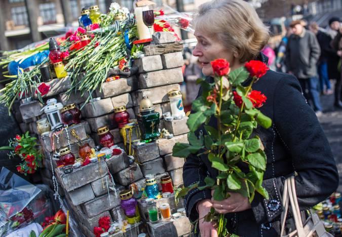 의사 Maidan 780 키예프에서 폭동 동안 사망했다고 말했다.