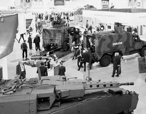 """""""La France va se punir."""" La Russie peut interdire la participation à l'exposition des armes à Paris"""