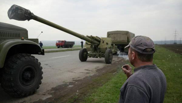 军政府在Izum聚集了所有可能的东西