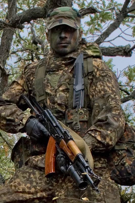 http://topwar.ru/uploads/posts/2014-04/1397672054_krashevskiy_vladimir.jpg