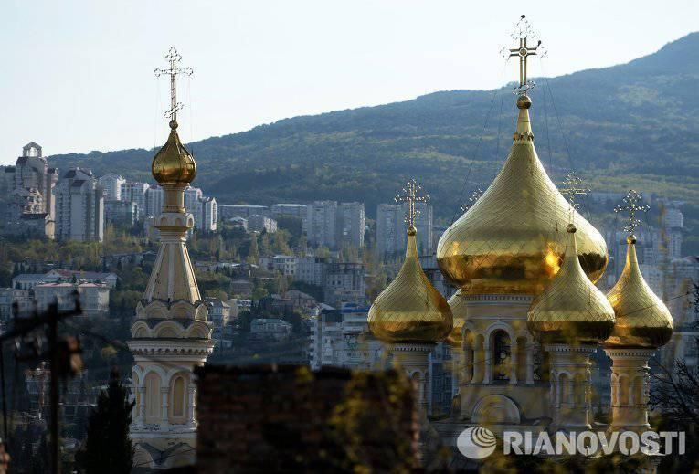 クリミア自治共和国は、キエフとノヴゴロドと同じロシアの古い国家の中心地です。