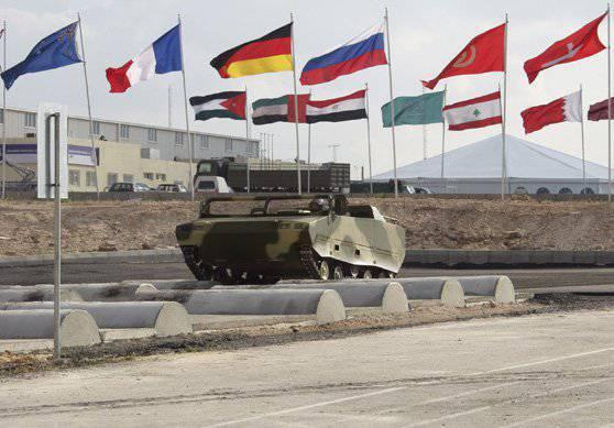 Minsk présente de nouveaux échantillons de véhicules blindés