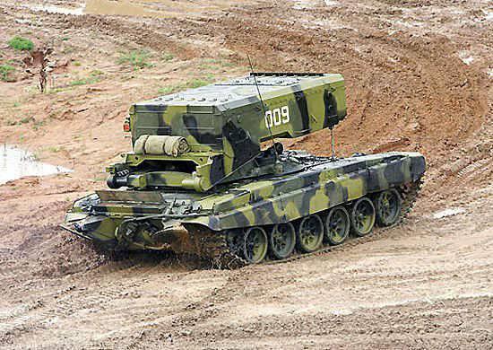 Ejercicios con el uso de sistemas de lanzallamas pesados TOC-1A.