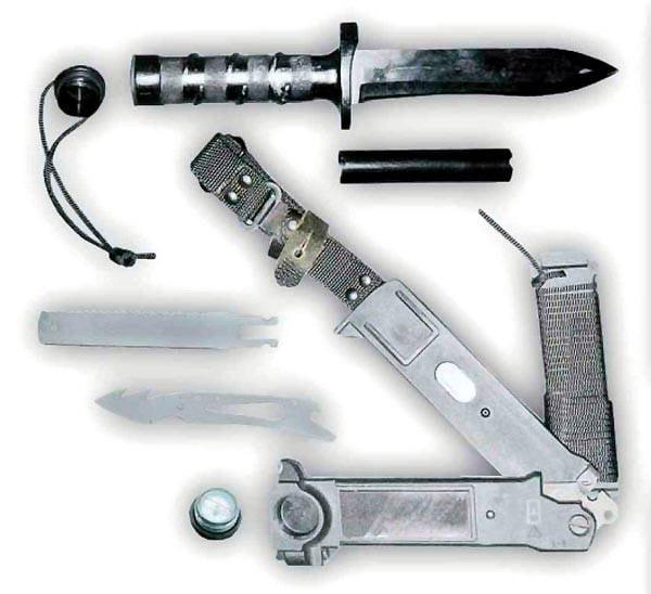 コンバットナイフ:武器か道具か?