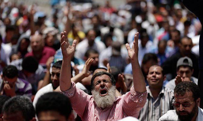 七百名伊斯兰教徒在埃及被判处死刑