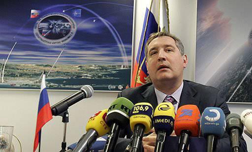 Rogozinはアメリカ人にトランポリンを使って宇宙飛行士を軌道に乗せるように勧めました