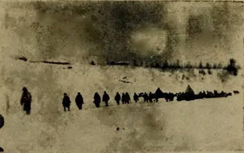 白色徒步旅行。 照片来自Vishnevsky的宣传册。