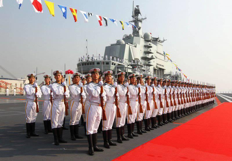 Китайский авианосец проведёт остаток 2014-го года в доке