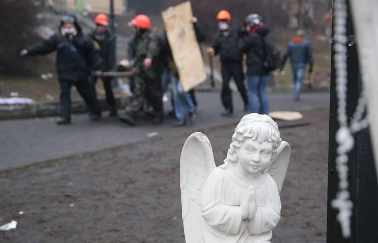 Lavrov: les autorités de Kiev ne sont pas intéressées à enquêter sur la mort de personnes sur le Maidan, les États-Unis eux-mêmes ont démenti la présence de saboteurs de la Fédération de Russie en Ukraine