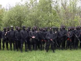 """""""Black Men"""" a promis de tuer tous les opposants au gouvernement ukrainien"""