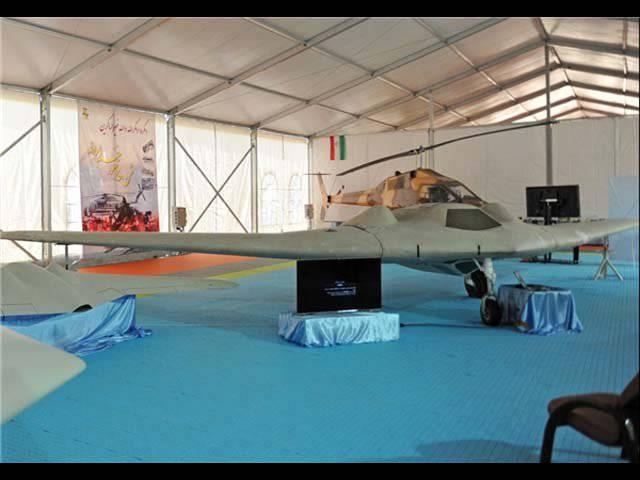 """ईरानी सेना स्थानीय रूप से निर्मित """"ड्रोन"""" RQ-170 की सटीक प्रतिलिपि प्रदान करती है"""