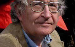 Noam Chomsky'nin eleştirel bilinci: 80 yıllarında haklı reddedilenlerin yanında