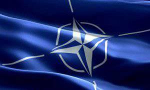 NATOの専門家がウクライナを訪問