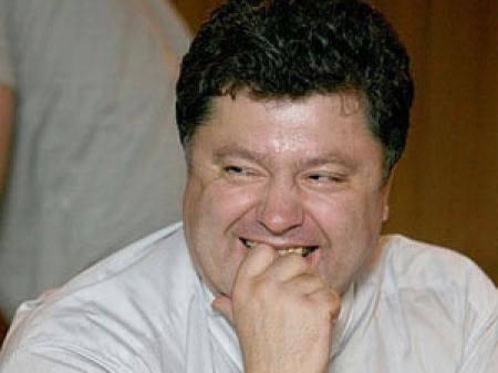 Porochenko pour éteindre la télévision russe est prêt à exploiter les tours de télévision