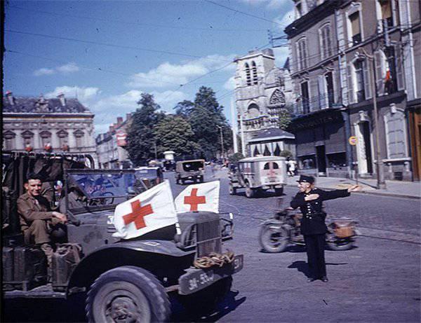 Paris Agosto 1944 del año