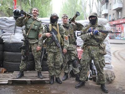 Игорь Стрелков: Уничтожены 2 БМД, подбит танк Т-64, уничтожено 11 бойцов противника, много раненных