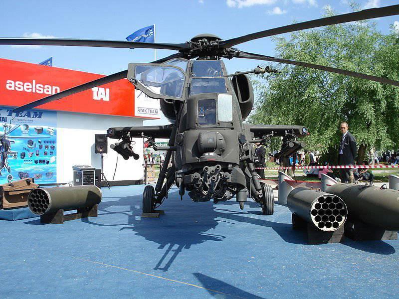 Aserbaidschan bereitet den Kauf türkischer Hubschrauber und UAVs vor, und die Türkei führt die zweite Übung für den Monat durch