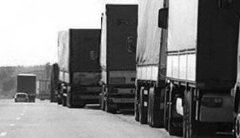На Украину прорвалась колонна грузовиков с добровольцами из России