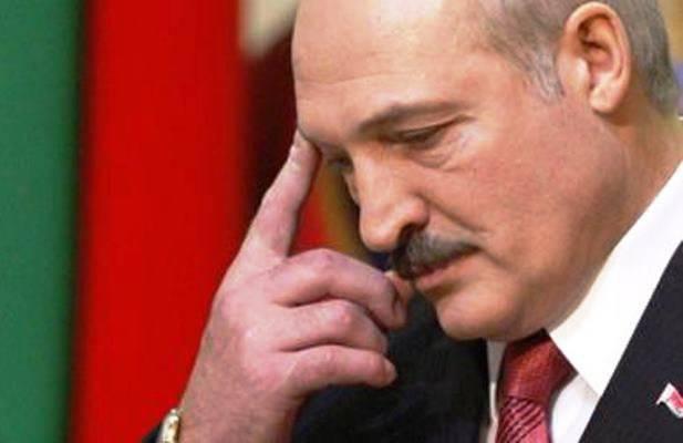 Лукашенко пригрозил отправить председателя КГБ в колхоз, если тот не найдёт телефонного хулигана
