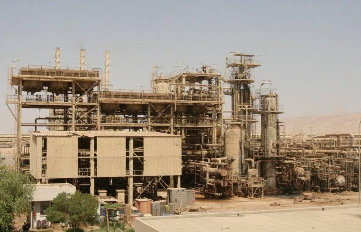 Sunitas apreendem maior refinaria de petróleo do Iraque