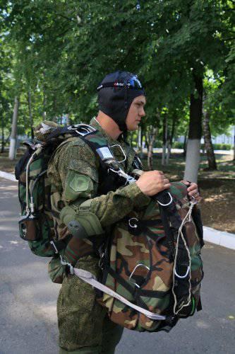 何が武装され、どのように装備され、どのような装備がロシアの空挺部隊と供用中か(写真報告)