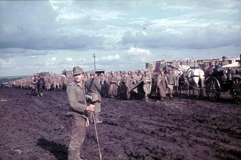 Фотограф Франц Грассер в Белгородской области. 1943