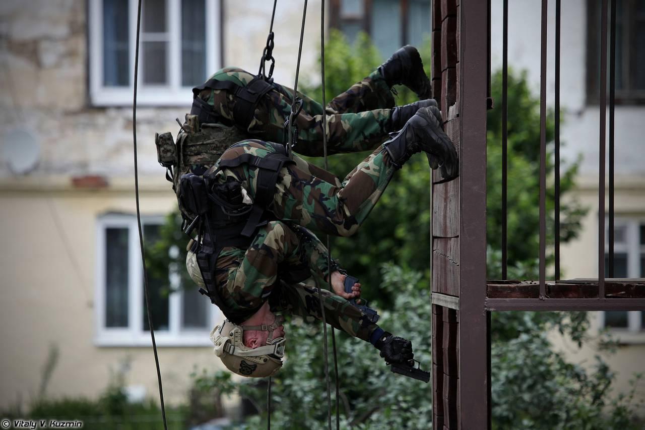 http://topwar.ru/uploads/posts/2014-07/1404415415_22.jpg