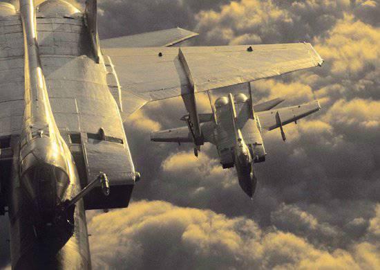 Молодые летчики ЗВО заступили на боевое дежурство на МиГ-31БМ
