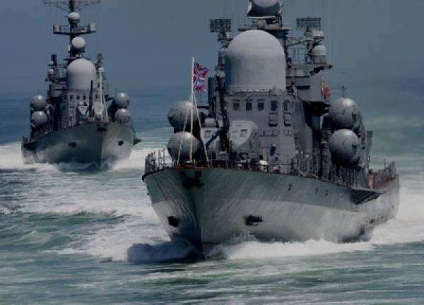 Karadeniz Filosunun gemileri ve kıyı birlikleri savaş eğitimi görevlerini yerine getirmeye başladı