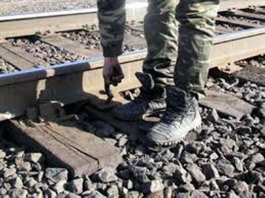 Очередной подрыв железнодорожных путей на Донбассе