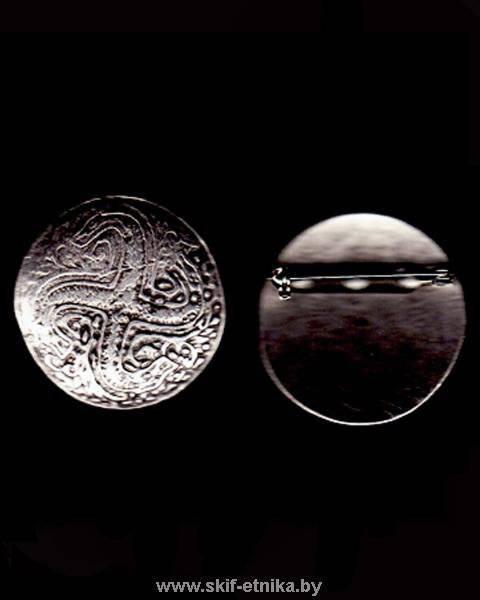 Snake swastika on a Scythian brooch