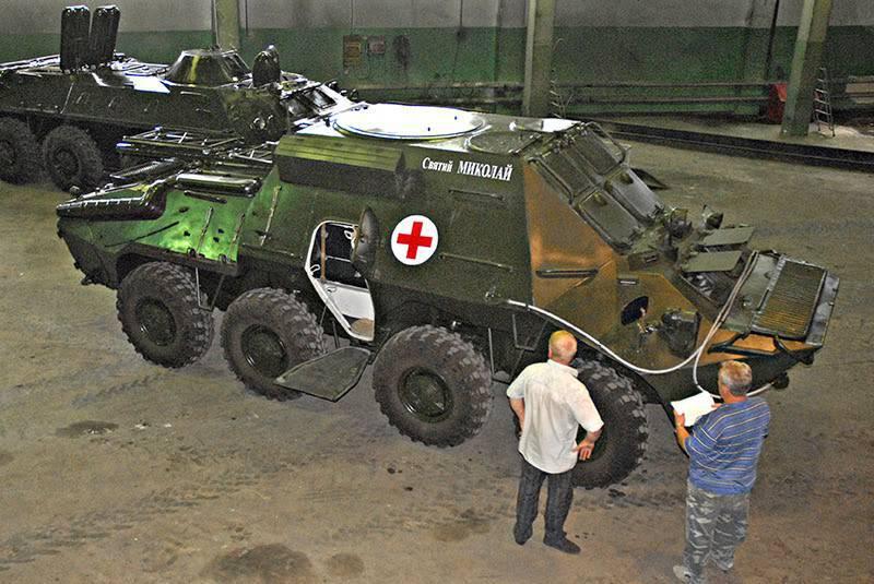 Новинки украинской бронетехники: «техничка» и медицинская машина