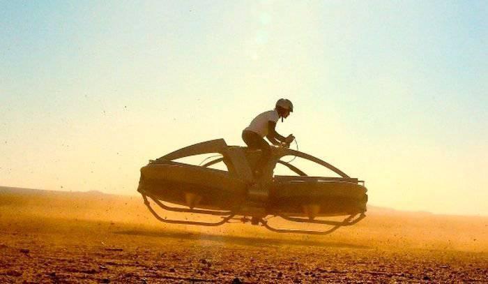 In Inghilterra, ha creato una moto aerea senza pilota da Star Wars